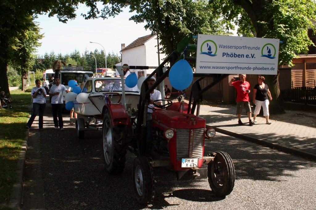 Umzug beim Dorffest
